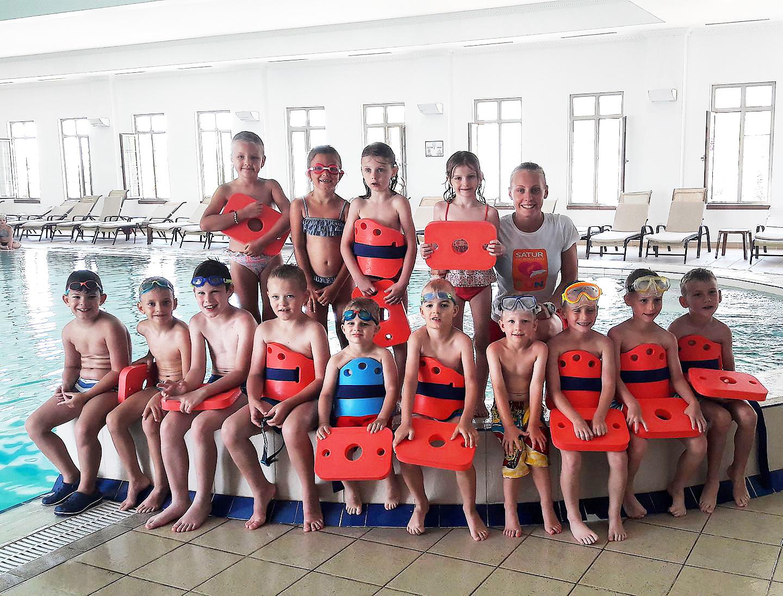 Plavanie spolocna
